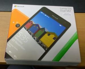 Lumia 535 DualSIM パッケージ