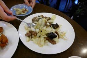 泰陽飯店 牛肉と玉ねぎ